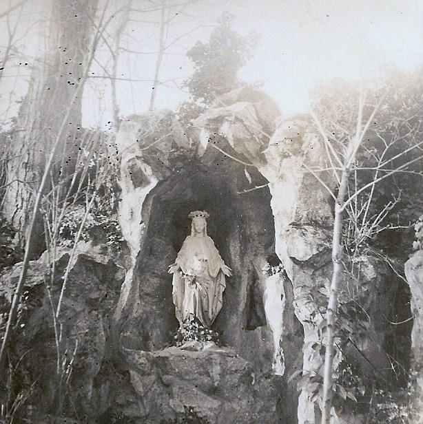 Grotte Parc de la Murgiere 1